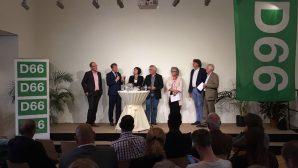 5 Panel (vlnr Cees-Jan Pen%2c Kees Verhoeven%2c Saskia Bruines%2c Freddy Blomm...